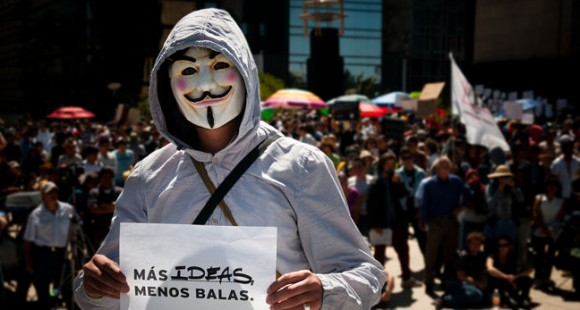 Fourth blogger killed by Mexican cartel, #OpCartel spokesman on the run