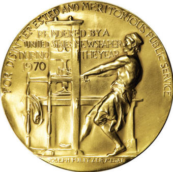 Donna Tartt wins the 2014 Pulitzer Pulitzer Prize for Fiction for The Goldfinch