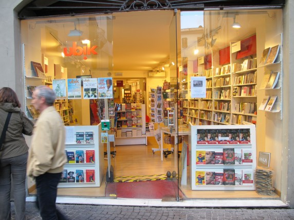 Ubik bookstores are located all over Italy.