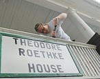 Volunteers pitch in to restore the Roethke House