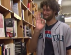 Robin Lopez visits Powell's Books, is the best