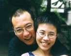 PEN urges Chinese government to free dissident poets Liu Xiaobo and Liu Xia