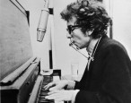 Bob Dylan just offered the world a master class in how to accept a Nobel Prize