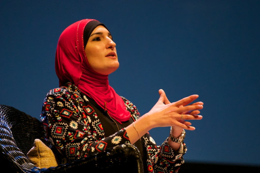 "Linda Sarsour ""will not submit to fear"""