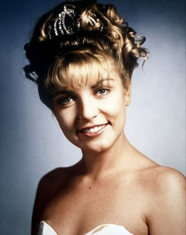 Twenty-seven years later, Laura Palmer reads aloud from her <em>Secret Diary</em>