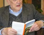 <i>Watership Down</i> author Richard Adams had an amazing library