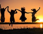 New book says single, childless women are happier and live longer