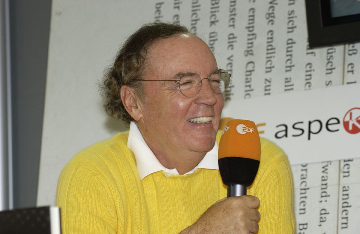 James Patterson donating thousands of dollars to teachers