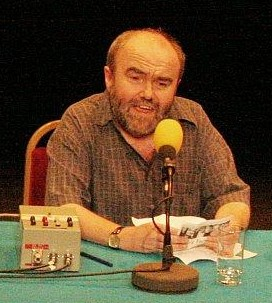 UK comedian and writer Andy Hamilton announces handwritten novel