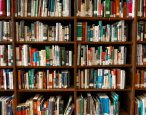 """Celebrity Book Curator"" throws shade at superstar shelves; brains boggled"
