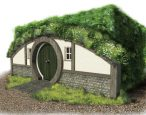 York school crowdfunds for 'magical' reading cottage